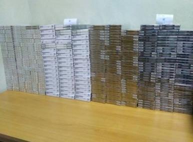 Чотири тисячі пачок цигарок в рейсовому автобусі: рекордна контрабанда виявлена на Чернігівщині. ФОТО